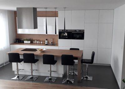 Realizacje kuchnie nowoczesne 22 400x284 Meble kuchenne na wymiar