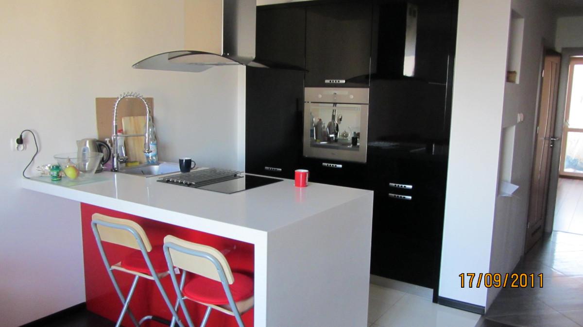 Realizacje kuchnie nowoczesne 30 Meble kuchenne na wymiar