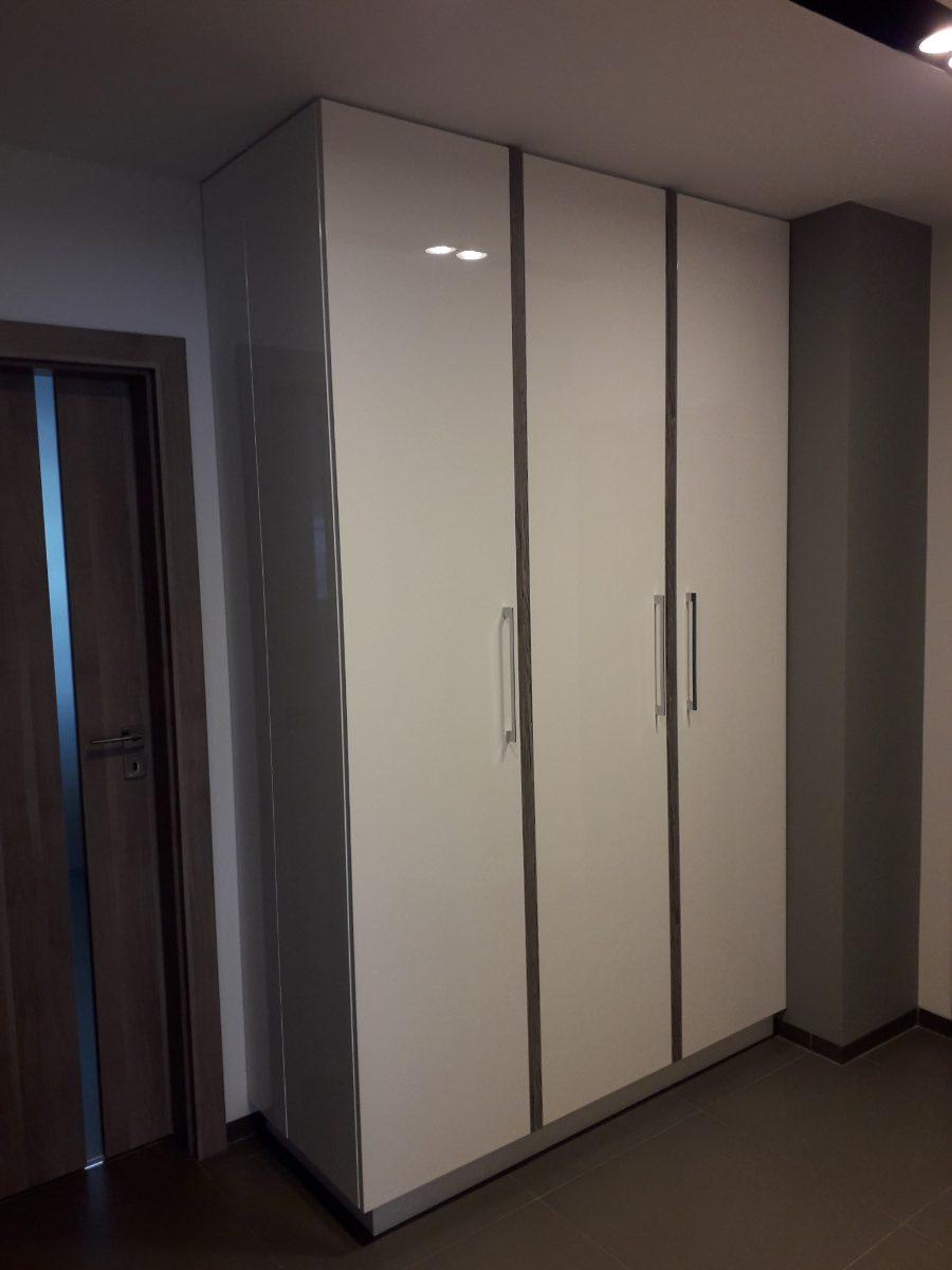 Realizacje szafy 1 Szafy przesuwane i otwierane