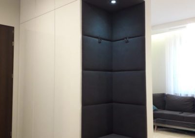 Realizacje szafy 4 400x284 Szafy przesuwane i otwierane