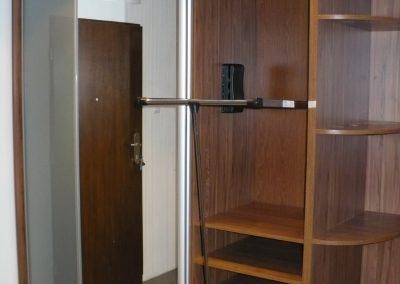 Realizacje szafy 6 400x284 Szafy przesuwane i otwierane