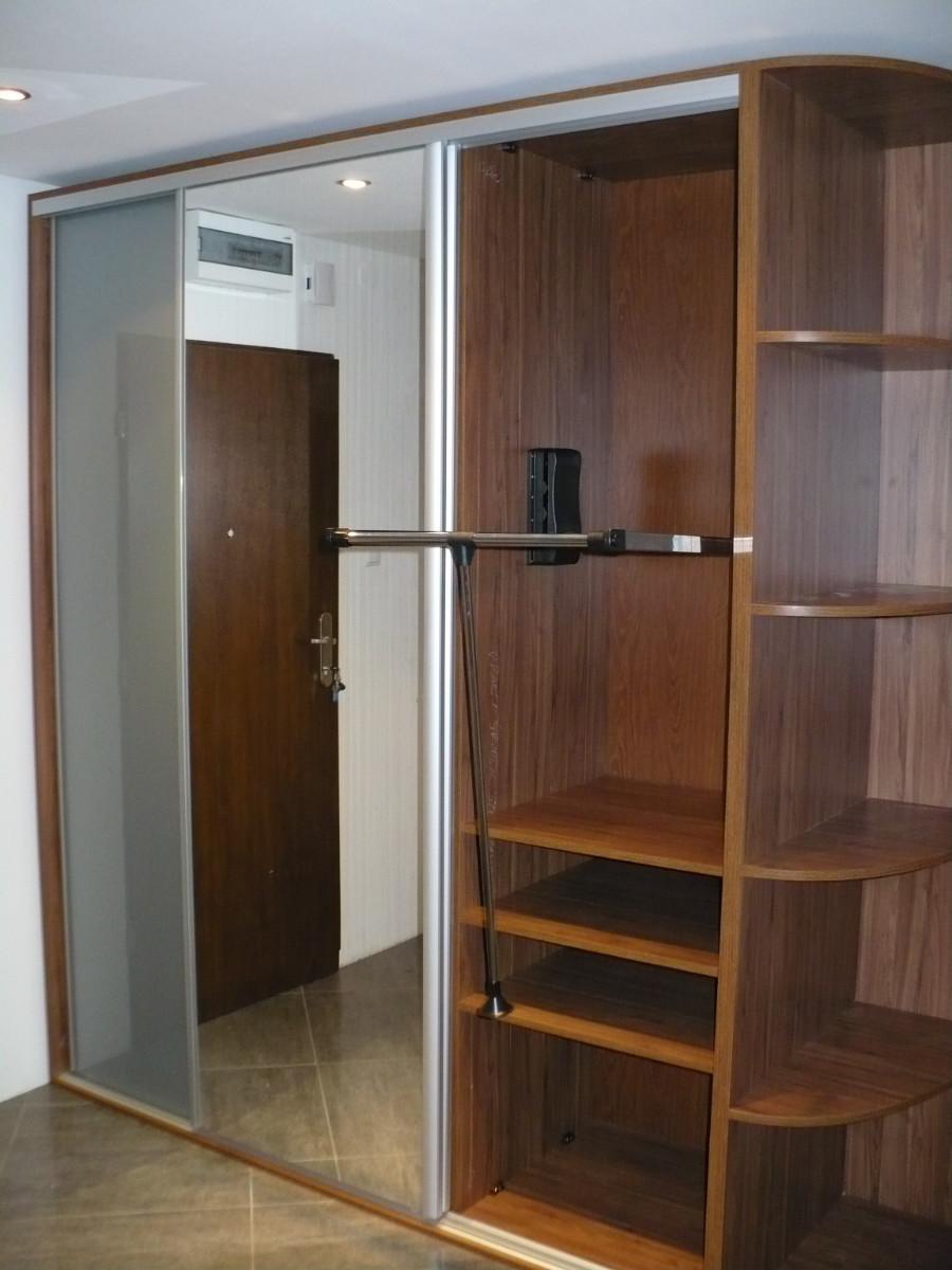 Realizacje szafy 6 Szafy przesuwane i otwierane