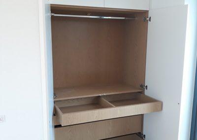 realizacje szafy przesuwane otwierane kalwaria zebrzydowska 10 400x284 Szafy na wymiar