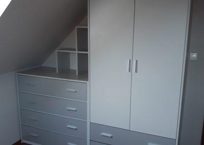 realizacje szafy przesuwane otwierane kalwaria zebrzydowska 4 400x284 Szafy na wymiar