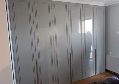 realizacje szafy przesuwane otwierane kalwaria zebrzydowska 9 400x284 Szafy na wymiar
