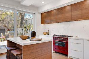 nowoczesne meble do kuchni na zamowienie 300x200 Jakie drewniane meble do kuchni wybrać: klasyczne czy nowoczesne?