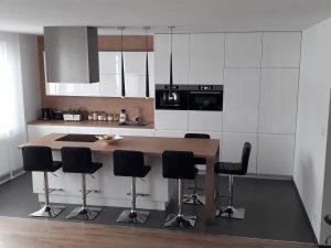 nowoczesne meble kuchenne na wymiar 300x225 Jakie drewniane meble do kuchni wybrać: klasyczne czy nowoczesne?