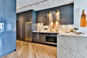 szara kuchnia nowoczesna na wysoki polysk 300x200 Szara kuchnia w nowoczesnym stylu – 4 pomysły na szarą kuchnię na wymiar