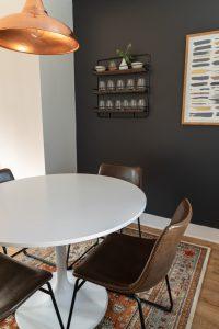 okragly stol na wymiar dla duzej rodziny 200x300 Jaki stół na wymiar sprawdzi się w przypadku dużej rodziny? Garść inspiracji
