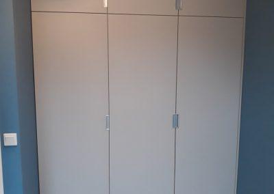 szafy wnekowe realizacje na wymiar kalwaria zebrzydowska 2 400x284 Szafy wnękowe